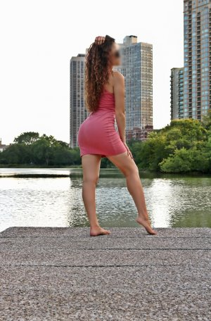 Hiam escort in Georgetown